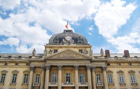 Ecole Militaire de Paris : l'œuvre de Louis XV