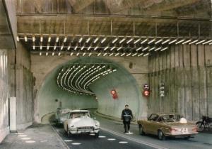 En route vers l'italie comment trouver une voiture de collection