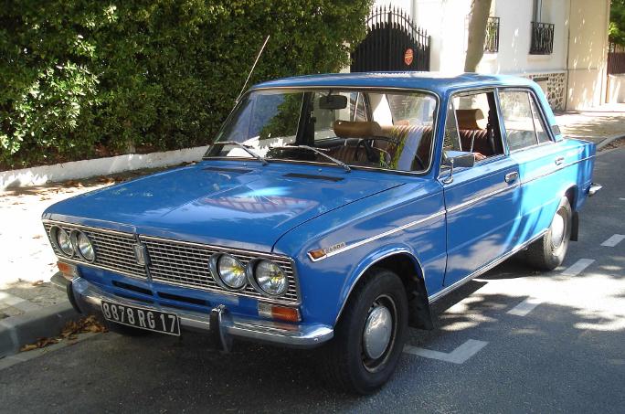Lada 2103 Paris Balade VAZ 1300