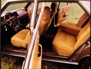 Peugeot 604 interieur