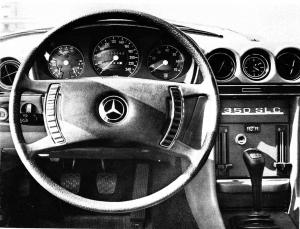 Mercedes W107 tableau de