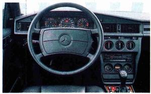 Tableau de bord Mercedes 190