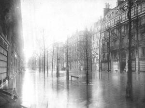 crue-paris-boulevard_haussman