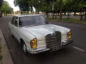 Visiter Paris en Mercedes 280 SE