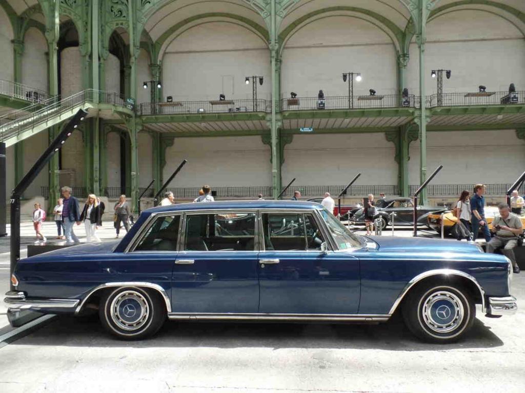 Mercedes 600 W100