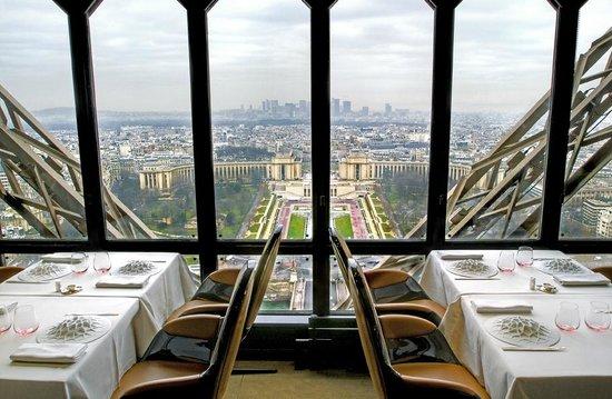 le-jules-verne-Paris-Tour-Eiffel