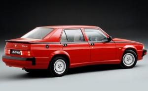 Alfa Romeo 75 V6