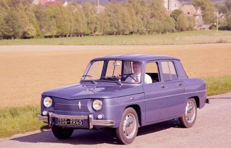 La Renault 8 et son évolution