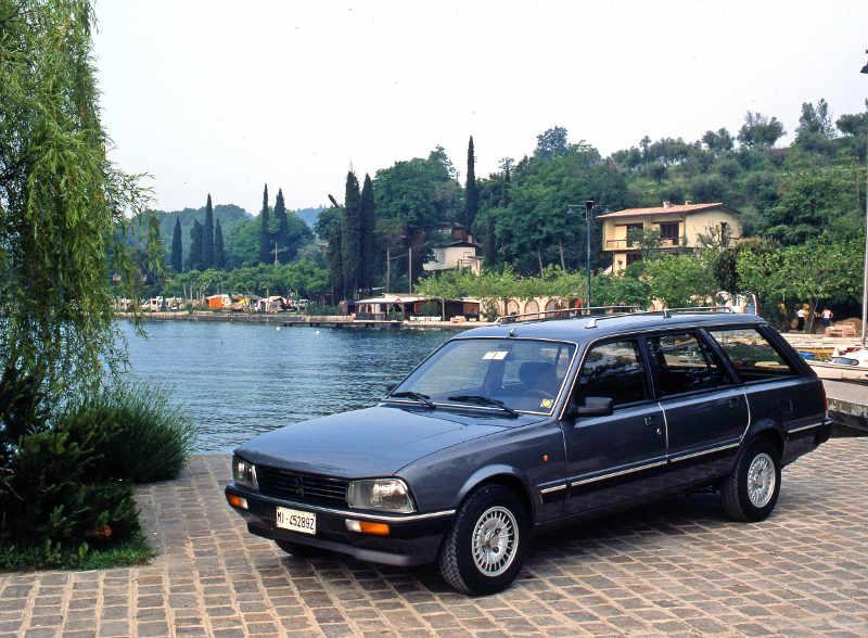 Peugeot 505 Break des annees 80