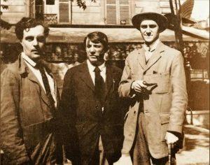 Modigliani, Picasso et Andre Salmon devant la Rotonde en 1916