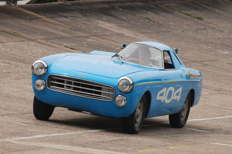 Peugeot 404 Diesel record Montlhery
