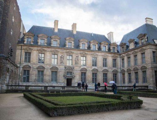 Hôtel de Sullly et son histoire