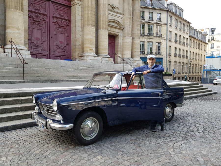 Peugeot 404 dans le Marais