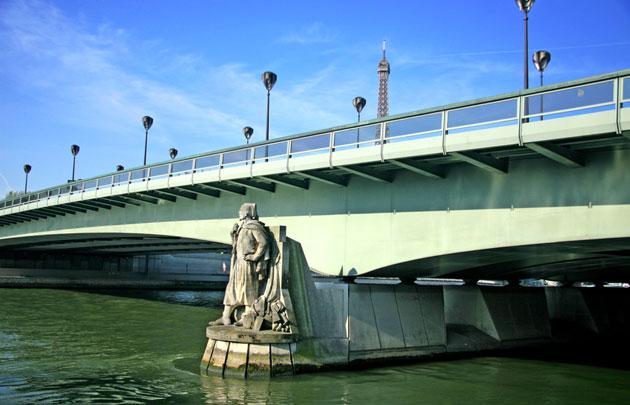 pont de l'alma zouave