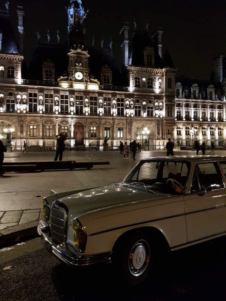 Mercedes 280 SE Hotel de ville Paris