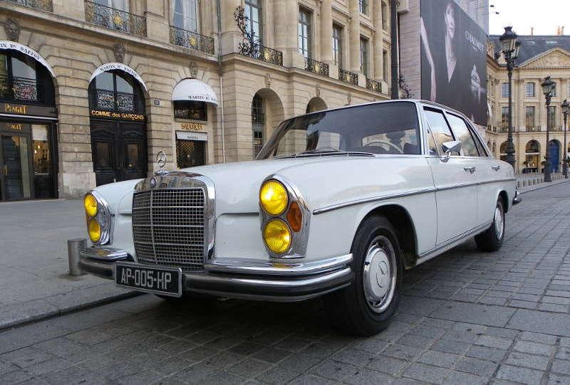 Mercedes 280SE Paris Place Vendome