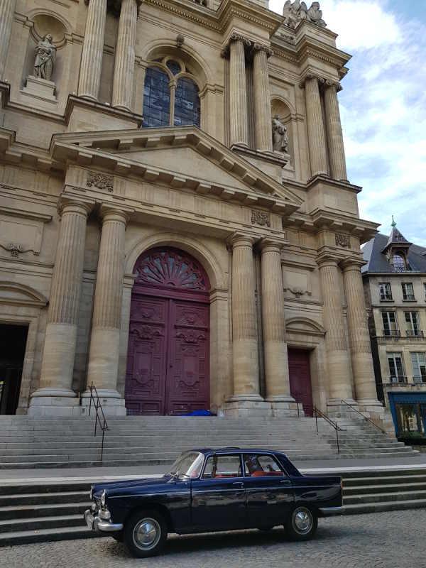 Peugeot 404 Saint Gervais Paris