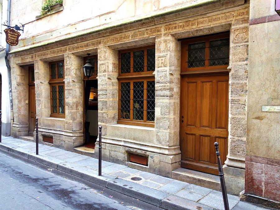 plus ancienne maison de Paris